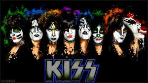 Kiss pic 5